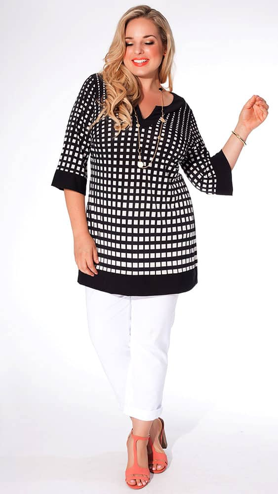Black & white tunic top