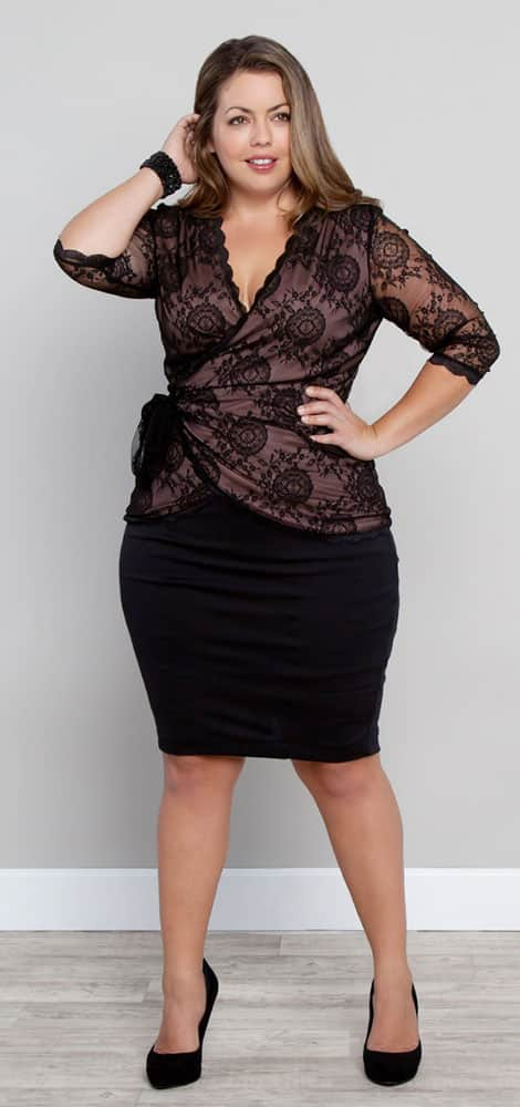 Best Clothes for Plus Size Hourglass Figure