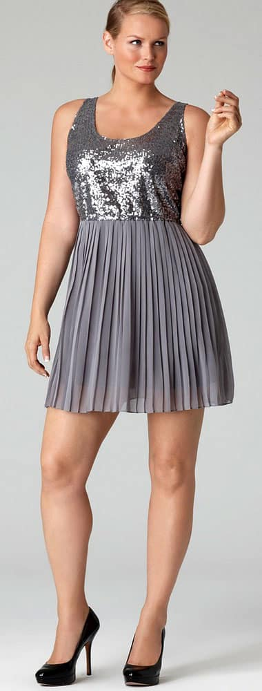 Silver sequined pleated short dress
