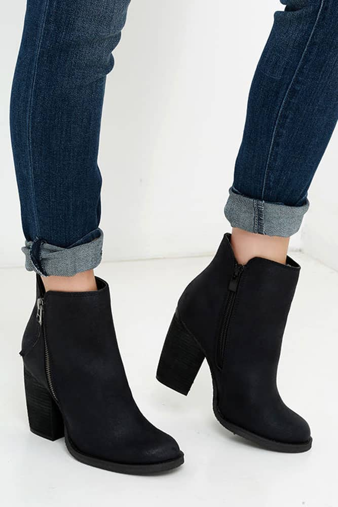 Ankle Boots 01